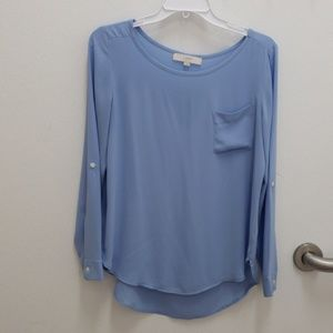 💙ANN TAYLOR LOFT flowy top- size medium